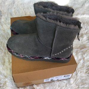 NWT Ugg Classic Mini Rock Boots 8